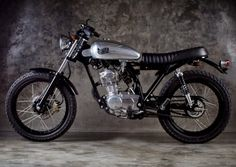 Modifikasi Honda CB 100 Jap Style Hitam
