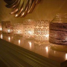 Iluminación navideña con tarros de vidrio