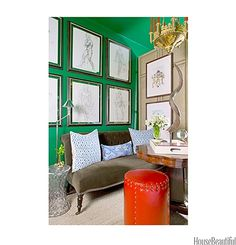 An emerald green wall subdued with a brown velvet sofa is a great accent for a room. (As seen in House Beautiful. Emerald Green Rooms, Emerald Color, Interior Exterior, Home Decor Trends, Decor Ideas, Diy Ideas, Color Of The Year, Diy Home, Interiores Design