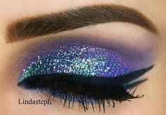 Glitter Peacock Eye Makeup Glitter-Peacock-Eye-Makeup Glitter-Peacock-Eye-Makeup