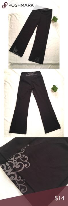 Athleta Black Yoga Pants with Small Tribal Design In GUC. A little bit faded but otherwise they are in good shape. Measurements are available upon request. Athleta Pants