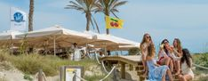 7 Formentera Beach Clubs & Seaside Restaurants To Visit Seaside Restaurant, Refreshing Drinks, Beach Club, Ibiza, Caribbean, Seafood, Restaurants, Patio, Dreams