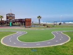 Fun, affordable, child friendly and family friendly activities in Sea Point, Cape Town, South Africa. Ideal for a fun family excursion.