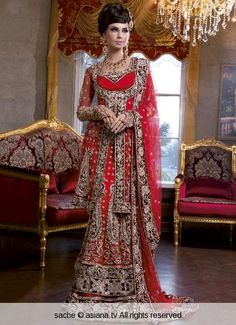 #lengha #bridallengha #southasianwedding #indianwedding #redlengha #bridalcouture #pakistanifashion