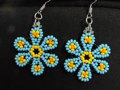 Flower earrings (Translate, good pictures) #Seed #Bead #Tutorials