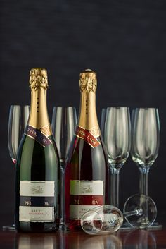 Experimental pictures taken by our photographer! White Wine, Liquor, Red And White, Champagne, Smoke, Adventure, Fruit, Drinks, Bottle