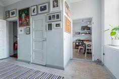 Myydään Puutalo-osake 4 huonetta - Turku Keskusta Piispankatu 6 - Etuovi.com 9465863 Osaka, Garage Doors, Gallery Wall, Outdoor Decor, Houses, Interiors, Home Decor, Historia, Homes
