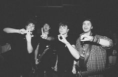 Imagen de luke hemmings, and 5 seconds of summer New Bands, Cool Bands, 5sos Pictures, 5sos Pics, 5secondsofsummer, Ashton Irwin, 5sos Ashton, Michael Clifford, 1d And 5sos