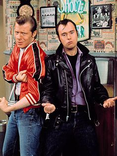 ✯ Lenny and Squiggy :: From Laverne & Shirley ✯ The guys who put the 'utz' in putz! (I think that these two were funnier than L!)