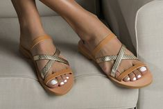"""Luxurious leather sandals """"Blossom"""". Make a difference with these feminine strappy sandals in gold-nude color"""