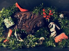 Daniel Seghers inspired still life shoot. Pure floral styling. Photography by Chris Turner. For Schon Magazine