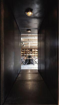 *사려깊은 설계와 디자인이 돋보이는 사무실-[ NARRATION ] Renovating for the Future at the FlaHalo Office Manufactory :: 5osA: [오사]