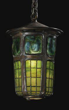 Tiffany Geometric and Turtleback Tile Lantern Tiffany Stained Glass, Stained Glass Lamps, Tiffany Glass, Leaded Glass, Mosaic Glass, Glass Art, Antique Lamps, Vintage Lamps, Vintage Clocks