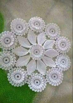 Crochet Mandala Pattern, Doily Patterns, Baby Knitting Patterns, Crochet Doilies, Crochet Lace, Free Crochet, Sewing Patterns, Crochet Patterns, Couture Embroidery