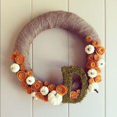fall wreath. burlap,felt flowers, moss.