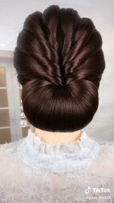 Easy Hairstyles For Long Hair, Trendy Hairstyles, Wedding Hairstyles, Victorian Hairstyles, How To Draw Hair, Hair Dos, Beauty Hacks, Hair Makeup, Braids