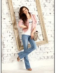 SC00250 - Copper Button Blazer.     Material: Cotton, non-stretchable. Moderate thickness, no pocket, with inner layer and a spare button.    Size (flat): Length 53cm, shoulder 37cm, bust 45cm, waist 38cm, hem 42cm, sleeve length 61cm, cuff 12cm.    Color: Pink