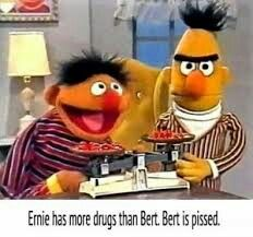 Humor Dark Jokes Hilarious Awesome 31 Ideas For 2019 Memes Humor, Dark Humour Memes, Humor Dark, Drug Memes, Bert And Ernie Meme, Bert & Ernie, Stupid Funny Memes, The Funny, Hilarious