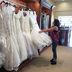 How to Find the PERFECT Wedding Dress on Haute Khuuture Blog
