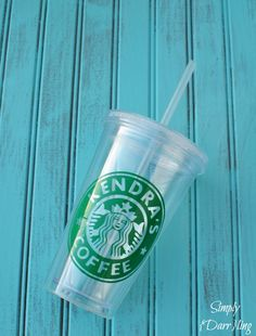 Custom Starbucks Inspired Cup - Claim your coffee cup as your own with this fun vinyl project using the Silhouette Cameo.