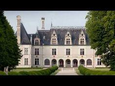 Château de Beauregard -  Fortune de Jean du Thier: il achète pour 2000 écus d'or en 1545 la terre de Beauregard. Il va être le véritable constructeur du chateau actuel. On peut encore voir, au 1° étage, son cabinet de travail, le remarquable cabinet des grelots. Par lettres patentes datées de Fontainebleau 18 janv 1548, ses gages sont fixés à 1200 livres par an.