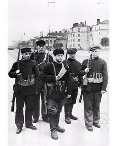 Ленинград 1941 год. Бойцы рабочего отряда Кировского завода - участники обороны города.