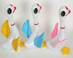 Goedkope Gratis verzending (10 stuks/partij) opblaasbare water speelgoed opblaasbare dieren opblaasbare zwembad speelgoed opblaasbare zwaan voor zwembad speelgoed, koop Kwaliteit   rechtstreeks van Leveranciers van China: Naam: opblaasbare water speelgoed opblaasbare zwaan voor zwembad speelgoedGrootte: 40x32cm hogeMateriaal: pvcFunctie: mo