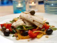 Sitronbakt torsk på grønnsaksseng | TRINEs MATblogg Tacos, Mexican, Meat, Chicken, Ethnic Recipes, Food, Essen, Meals, Yemek