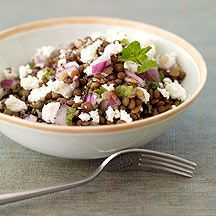 Lentil Salad with Fresh Mint and Goat Cheese. I'm going to try this and replace the goat cheese for feta cheese. Mint Recipes, Ww Recipes, Healthy Recipes, Lentil Recipes, Soup Recipes, Salad Recipes, Dinner Recipes, Goat Cheese Recipes, Goat Cheese Salad