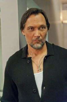 More good news for Sons of Anarchy fans: Nero Padilla (Jimmy Smits) will be back in Charming for season The Hollywood Reporter has confirmed. PHOTOS: 'Sons of . Serie Sons Of Anarchy, Mark Boone Junior, Jimmy Smits, Kim Coates, Nypd Blue, Sons Of Anarchy Motorcycles, Tommy Flanagan, Charming Man, Charlie Hunnam