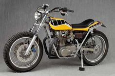 Been browsing trackers (again) to find inspiration for my own Yamaha SR and I came across some real hot bikes. Flat Track Motorcycle, Flat Track Racing, Tracker Motorcycle, Enduro Motorcycle, Yamaha 650, Yamaha Motorcycles, Custom Motorcycles, Moto Street Tracker, Street Scrambler