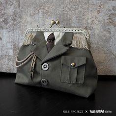 軍服ポーチ カーキ Triangle Bag, Frame Purse, Diy Purse, Crochet Handbags, Denim Bag, Quilted Bag, Handmade Bags, Fashion Bags, Change Purse