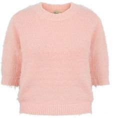Yumi Eyelash Knit Cropped Jumper ($62) ❤ liked on Polyvore featuring tops, sweaters, pink, women, short sleeve knit sweater, pink jumper, pink crop top, knit tops and short sleeve sweater
