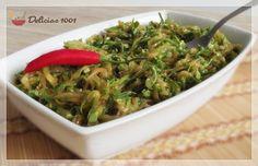 Petisco de abobrinha italiana / zucchini appetizer Antipasto, No Salt Recipes, Time To Eat, Seaweed Salad, Chutney, Vegetable Recipes, Pesto, Italian Recipes, Spinach