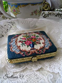 Pocket mirror, petit pont. Made by Svetlana O.