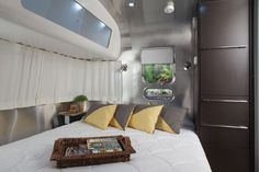 "624 Airstream ""International Series"" - International Specifications, Airstream Photographs and Floorplan"