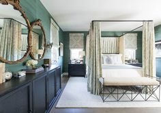 Take a tour of Laurel & Wolf's CEO Leura Fine and see her love of turquoise and classical architecture. All White Room, White Walls, Beautiful Space, Beautiful Homes, Classical Architecture, Design Your Home, Traditional Design, Colorful Interiors, Interior Inspiration