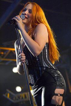 ❤️ Redhead beauty❤️  Simone Simons - Epica