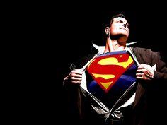 Es un ave, es un avión, es Superman