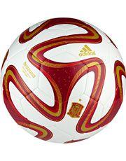 6f987edf7a Bola Adidas Brazuca Espanha Copa do Mundo da FIFA 2014™ Campo Sobre  Futebol