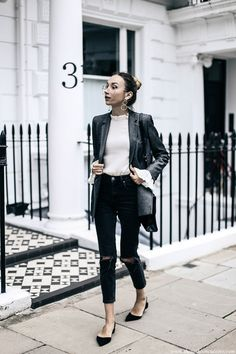 How to wear classic grey double breasted blazer with ripped jeans and Paul Andrew pointed flats chic outfit