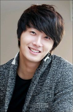 Jung Ii Woo, Lee Seung Gi, Flower Boys, Asian Men, Asian Guys, Beautiful Smile, Korean Actors, Korean Drama, Male Models