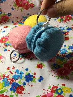 These cute macarons will look cute wherever you put them on! Use it for your bag or backpack for a complete kawaii look!  These keychains are 6 cm x 6 cm x 5 cm