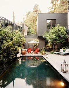 moderne terrassen gestaltungsideen pool ethno stil deko elemente
