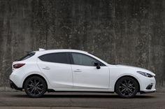 Mazda 3 HB  White trims, black rims
