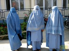 A burqa is a gown Muslim women wear that covers there whole body except there eyes. 72 Rasheed forced Mariam to wear a burqa for the first time Niqab, Gender Inequality, Muslim Men, Islam Religion, Atheism, Pakistan, Women Wear, How To Wear, Afghanistan
