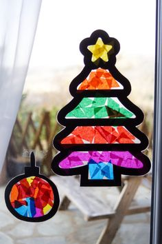 Stained glass windows to decorate windows as Christmas approaches - Engagement Rings Christmas Crafts For Toddlers, Preschool Christmas, Toddler Christmas, Diy Christmas Cards, Christmas Candles, Christmas Activities, Holiday Crafts, Crafts For Kids, Christmas Ornaments