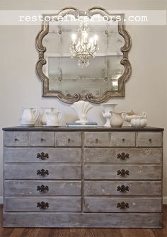 Love the dresser! Crackle Textured finish applied to Ethan Allen Early American Dresser. Diy Furniture Projects, Home Decor Furniture, Furniture Making, Furniture Makeover, Vintage Furniture, Painted Furniture, Furniture Design, Distressed Furniture, Bedroom Furniture