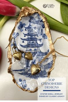 Our oyster shell jewelry dish with the Chinoiserie design is a perfect Valentine and Springtime gift. This is a great gift for the blue and white lover! Jewelry Dish, Shell Jewelry, Oyster Shells, Sea Shells, Willow Pattern, Geometric Pattern Design, Shell Art, Craft Box, Hostess Gifts