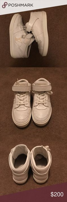 Men's Louis Vuitton Acapulco mid sneakers Selling Men's LV Acapulco mid sneakers. Worn a few times but in great condition. 100% Authentic and comes with Box and Dust bag. Size 10 Louis Vuitton Shoes Sneakers